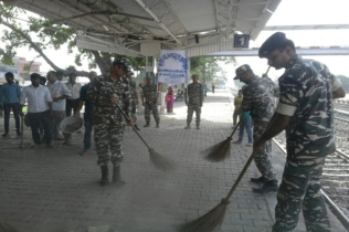 SSB soldiers cleanliness